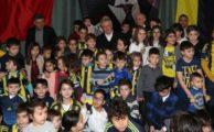 Aziz Yıldırım, Kayseri'de çocuklarla buluştu