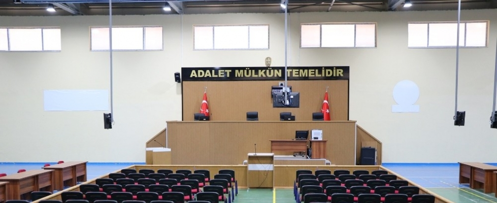 FETÖ'cü Adem Huduti hakim karşısına çıkıyor