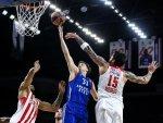 Anadolu Efes Avrupa Ligi'nde Olympiakos'u yendi